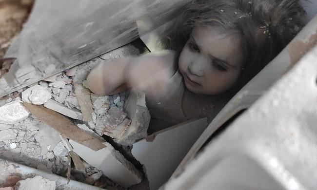 Bức ảnh người cha khóc nghẹn ôm hôn con gái sau 91 giờ bị vùi lấp trong đống đổ nát gây bão MXH và câu chuyện phía sau khiến ai cũng rơi nước mắt - Ảnh 3.
