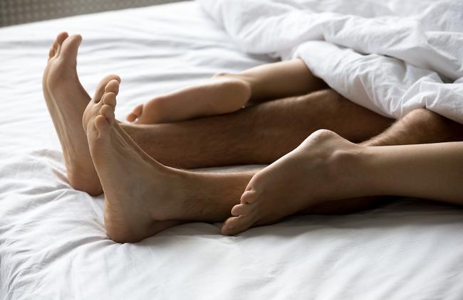 Năm 2021 rồi, phụ nữ hãy xóa bỏ 10 lầm tưởng về ham muốn tình dục này đi! - Ảnh 2.
