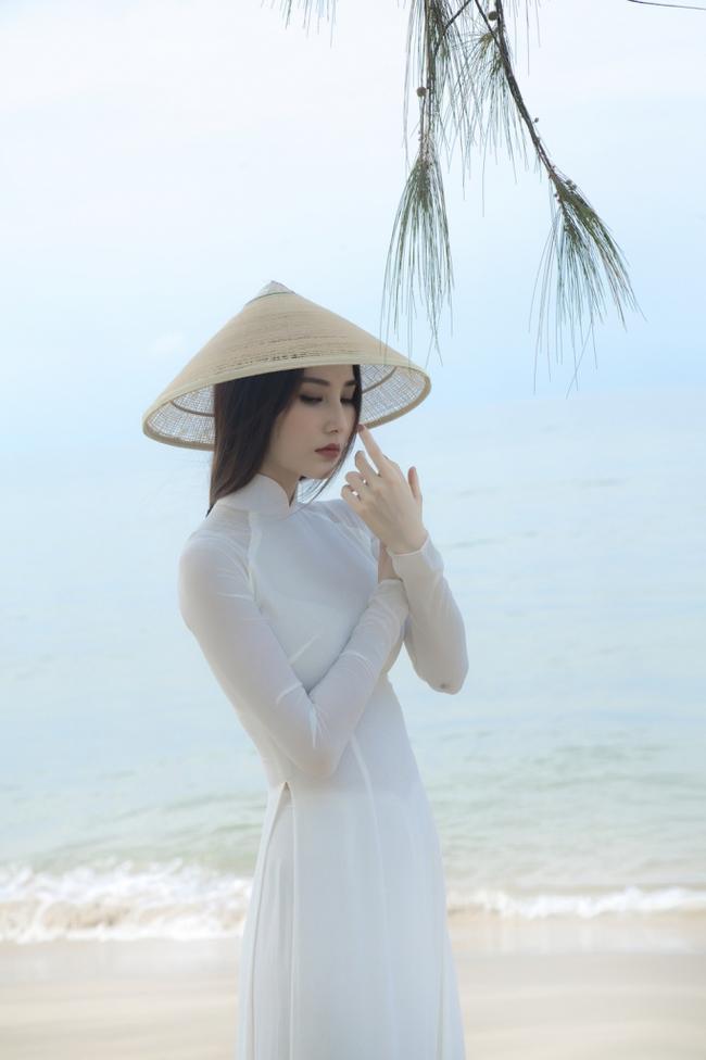 """Diễm My 9x đẹp trong veo với hình ảnh áo dài nữ sinh, fan bồi hồi nhớ Phan Linh """"Tình yêu và tham vọng"""" - Ảnh 8."""