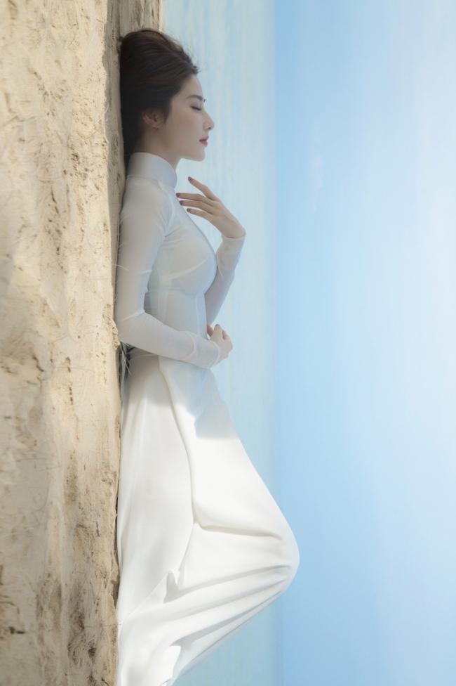 """Diễm My 9x đẹp trong veo với hình ảnh áo dài nữ sinh, fan bồi hồi nhớ Phan Linh """"Tình yêu và tham vọng"""" - Ảnh 10."""