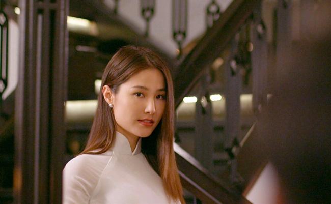 """Diễm My 9x đẹp trong veo với hình ảnh áo dài nữ sinh, fan bồi hồi nhớ Phan Linh """"Tình yêu và tham vọng"""" - Ảnh 5."""