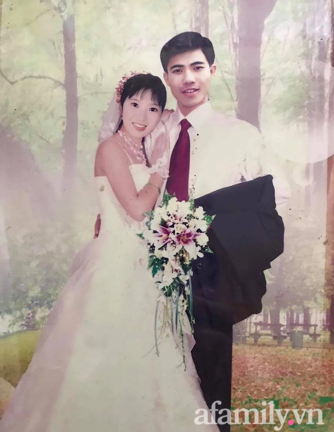 """Lễ cưới không cỗ bàn của đôi vợ chồng cách đây 30 năm: Thấy cô gái chăn trâu xinh đẹp, chàng trai tự mê mẩn rồi dùng chiêu """"mặt dày"""", thành công """"lừa"""" nàng về dinh! - Ảnh 6."""