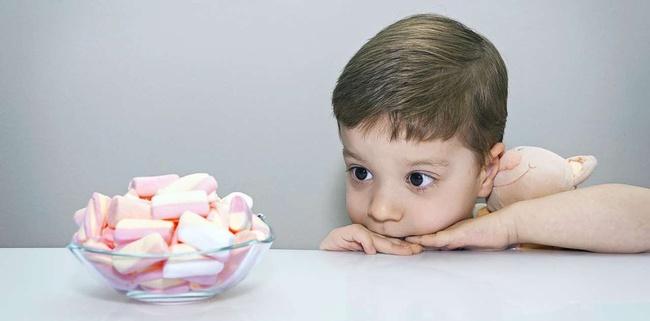 Trẻ có ba thói quen này chứng tỏ sẽ hư hỏng, cha mẹ phải để ý và giúp con sửa sai kịp thời - Ảnh 2.