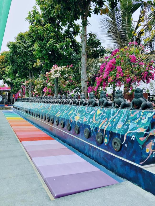 Bất ngờ khi giữa lòng Sài Gòn vẫn có thể tận hưởng biển xanh cát trắng, với 7749 góc check-in cực đẹp cho các chị em - Ảnh 5.