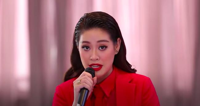 Hoa hậu H'Hen Niê ngày thường rất đẹp mà nay để tóc lộ hết khuyết điểm, còn lép vế hơn cả Khánh Vân?  - Ảnh 1.