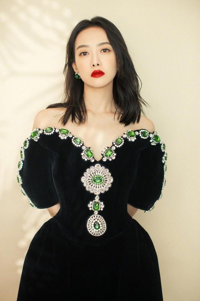 Dàn mỹ nhân Cbiz cùng sinh năm 1987: Lưu Diệc Phi từng bị đồn phá thai, Triệu Lệ Dĩnh bị yêu cầu rời khỏi showbiz vì EQ thấp - Ảnh 11.