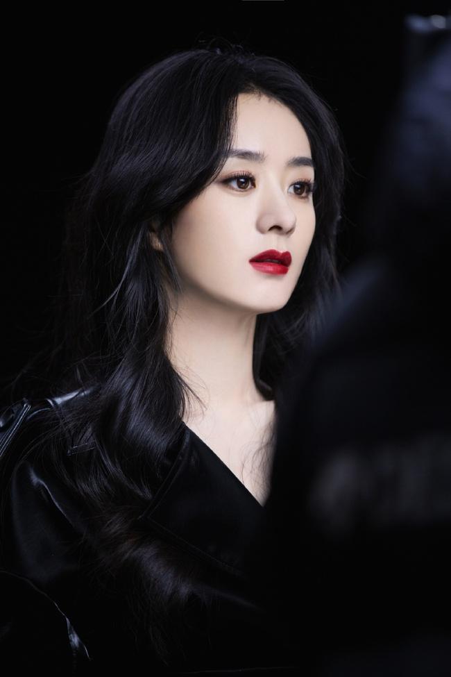 Dàn mỹ nhân Cbiz cùng sinh năm 1987: Lưu Diệc Phi từng bị đồn phá thai, Triệu Lệ Dĩnh bị yêu cầu rời khỏi showbiz vì EQ thấp - Ảnh 7.