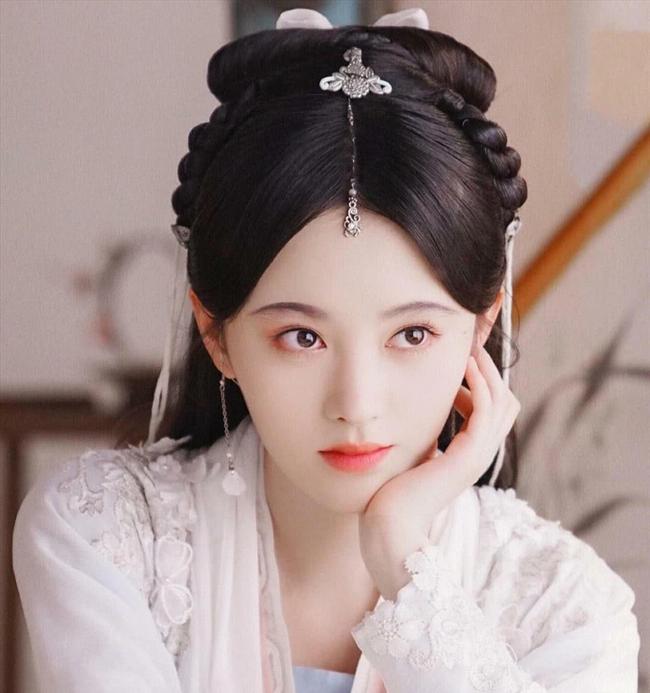 Hoàng hậu dùng thân thế cao quý giúp chồng lên ngôi, sau bị phế truất vì mối tình đồng tính tai tiếng nhất lịch sử Trung Hoa phong kiến - Ảnh 1.