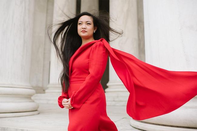 Hứng chịu bi kịch bị cưỡng hiếp, cô gái gốc Việt xinh đẹp biến đau thương thành sức mạnh, viết lại luật pháp Mỹ, được cả thế giới ngợi khen - Ảnh 1.