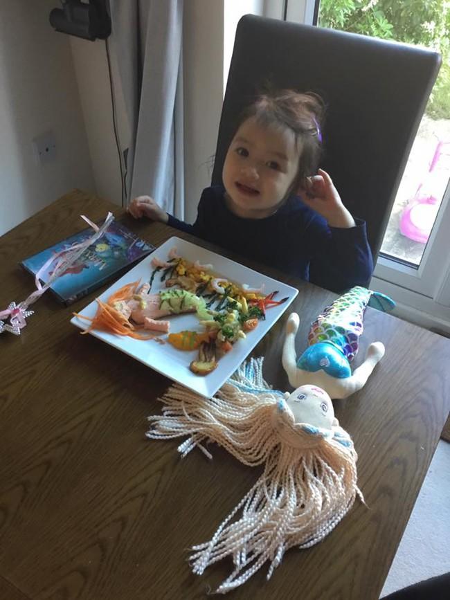 """Thấy con lười ăn rau, ông bố liền tạo nên """"bữa ăn hạnh phúc"""", nhìn thôi cũng thấy thèm - Ảnh 12."""