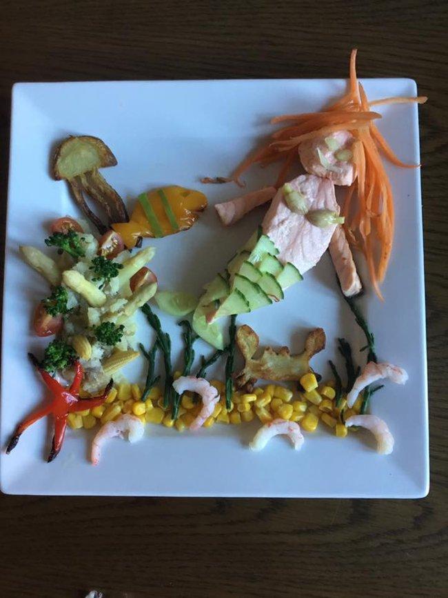 """Thấy con lười ăn rau, ông bố liền tạo nên """"bữa ăn hạnh phúc"""", nhìn thôi cũng thấy thèm - Ảnh 9."""