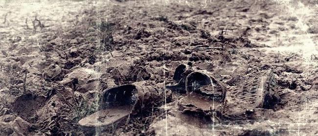 """Kỳ án """"vòng cẩm thạch"""" chấn động những năm 80: Cánh tay người lẫn trong đống lá và hố chôn xác tập thể giữa rừng dừa nước (KỲ 1) - Ảnh 3."""