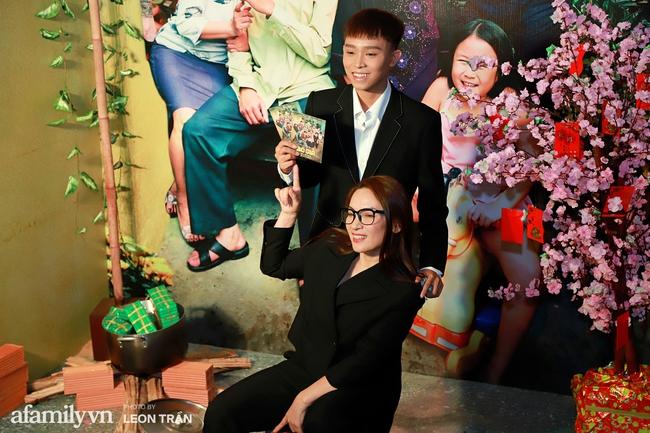 """Mẹ con Phi Nhung - Hồ Văn Cường xuất hiện gần gũi bên nhau sau ồn ào """"xin lỗi mẹ không dạy được con"""" - Ảnh 6."""