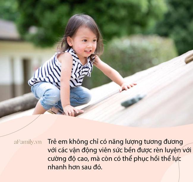 """Lời giải nào cho khả năng vui chơi """"không giới hạn"""" của bọn trẻ? Câu trả lời sẽ khiến các bố mẹ vô cùng ngạc nhiên! - Ảnh 1."""