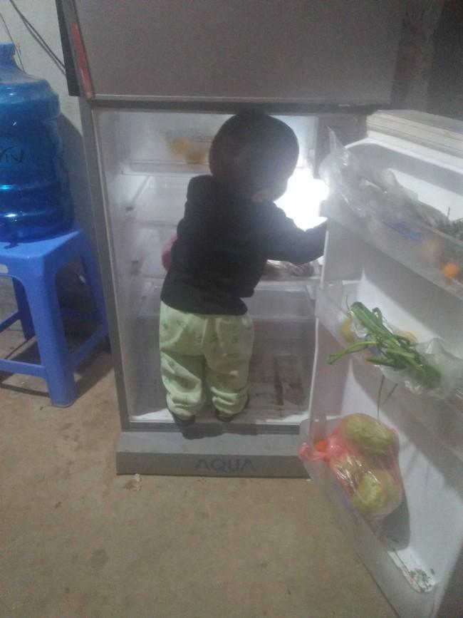 """Mẹ trẻ lên mạng cầu cứu vì con tối ngày mở tủ lạnh, ngờ đâu nhiều nhà còn chịu cảnh khủng khiếp hơn mà chỉ biết """"bó tay"""" bất lực - Ảnh 7."""