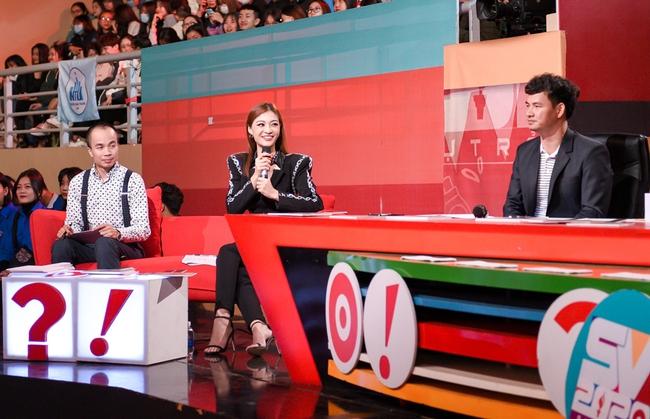 Á hậu Kiều Loan gây trầm trồ với vòng eo nhỏ xíu trên sân khấu SV 2020 - Ảnh 6.