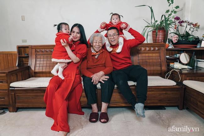 Mang bầu ở xứ người cô gái Việt định ôm bụng chạy về nước, ai ngờ người đàn ông Đài Loan kém 5 tuổi đòi cưới bằng được: Bố vợ ra thử thách cực độc mới quyết gả con gái! - Ảnh 3.