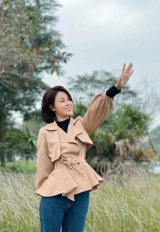 Hướng dương ngược nắng: Nghi vấn Minh sắp làm vợ Hoàng, là hợp đồng hôn nhân để cứu Cao Dược? - Ảnh 3.