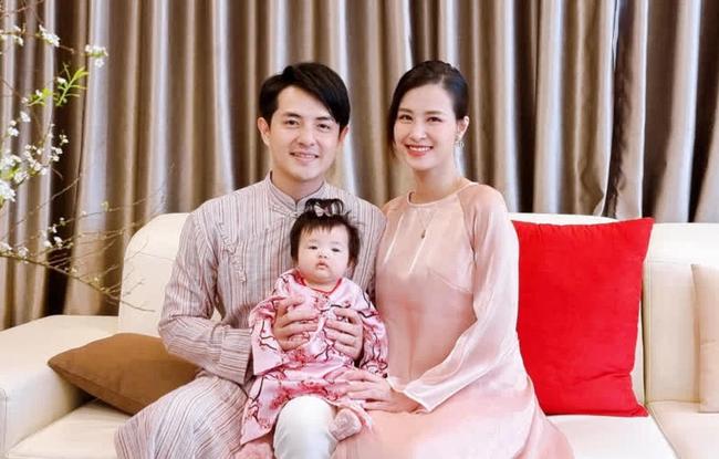 Ông Cao Thắng chia sẻ hình ảnh bên vợ con cho thấy ngay địa vị của từng thành viên trong gia đình - Ảnh 3.