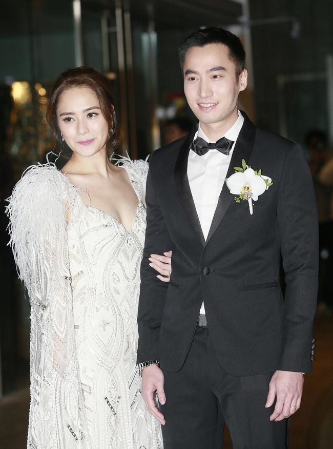 Cuộc hôn nhân kéo dài hơn 1 năm của Chung Hân Đồng chứa đầy thị phi.
