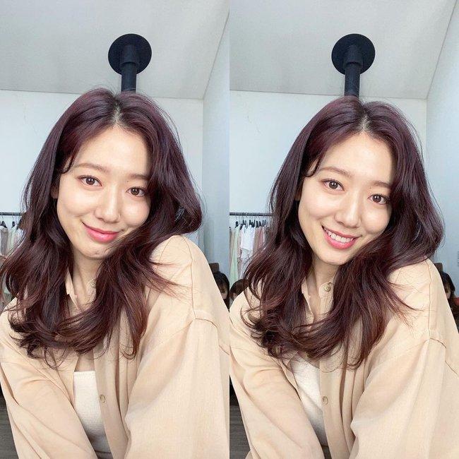 """Nhìn sao Hàn là biết 6 màu tóc nhuộm siêu thời thượng, nên """"triển"""" ngay cho mùa mới - Ảnh 3."""