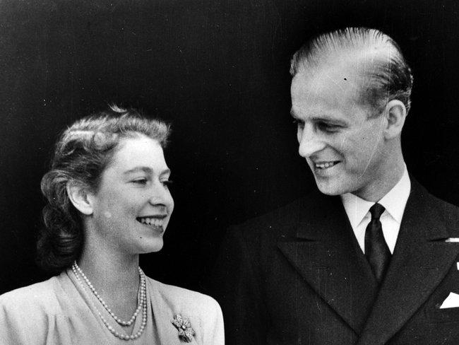 Tuổi thơ cơ cực của Hoàng tế Philip: Mẹ phải nằm viện tâm thần, chị gái bị tai nạn máy bay tử vong, từ hoàng tử lưu vong trở thành phu quân Nữ hoàng Anh - Ảnh 8.