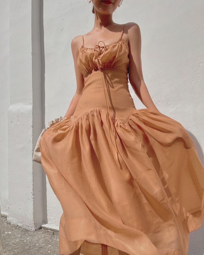 """12 mẫu váy hai dây diện đẹp từ đi chơi đến đi biển, nhìn giá chỉ từ 240k mà muốn """"rinh"""" hết về nhà - Ảnh 19."""