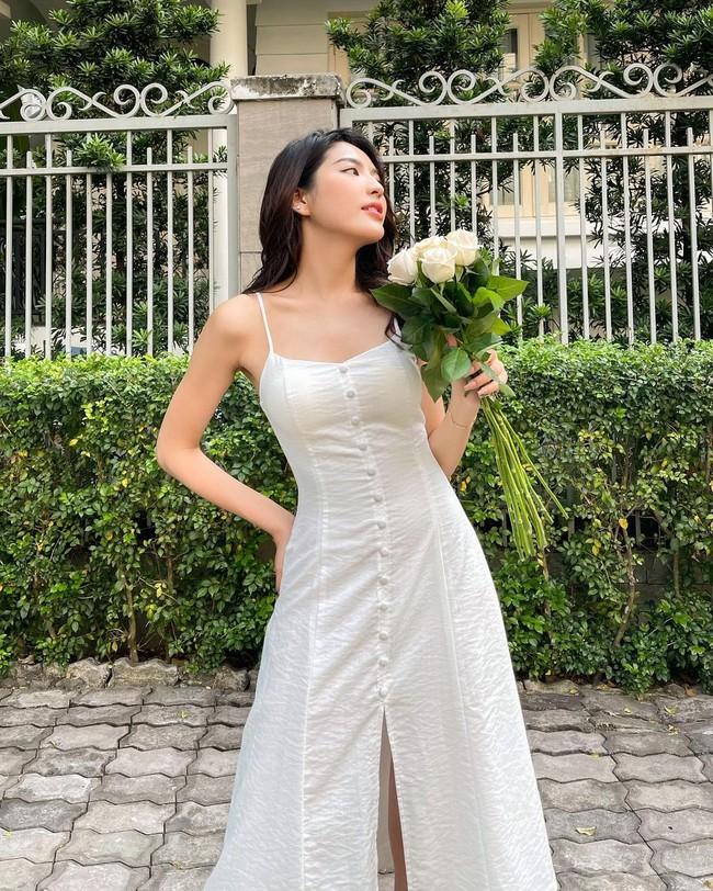 """12 mẫu váy hai dây diện đẹp từ đi chơi đến đi biển, nhìn giá chỉ từ 240k mà muốn """"rinh"""" hết về nhà - Ảnh 11."""