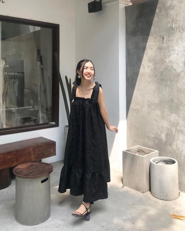 """12 mẫu váy hai dây diện đẹp từ đi chơi đến đi biển, nhìn giá chỉ từ 240k mà muốn """"rinh"""" hết về nhà - Ảnh 9."""