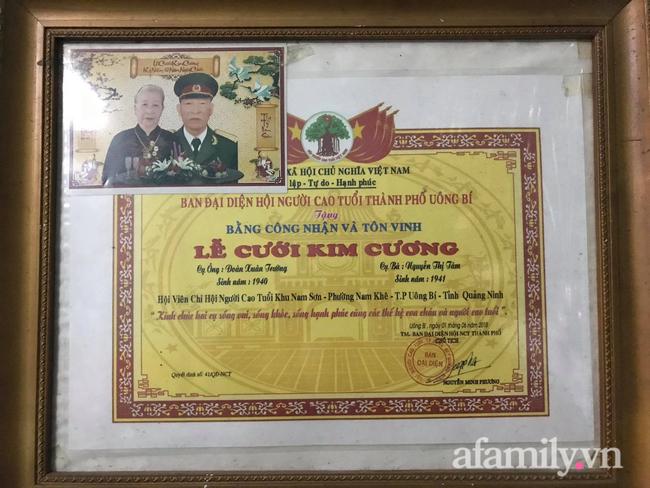 Câu chuyện đi làm căn cước công dân của cặp vợ chồng Quảng Ninh bên nhau 61 năm, U90 nhưng luôn đồng hành, sáng sớm dắt tay nhau đi chợ dù cách nhà chỉ 500m - Ảnh 5.