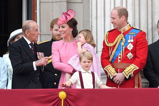 Động thái mới nhất của vợ chồng Công nương Kate sau sự ra đi của Hoàng tế Philip 003