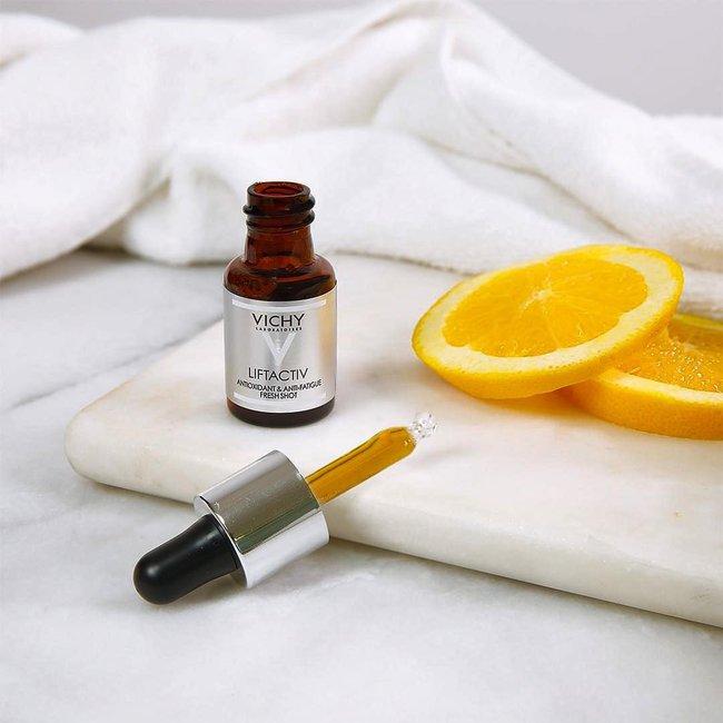 7 lọ serum vitamin C bác sĩ khuyên dùng vào buổi sáng để nắng gắt đến mấy da vẫn sáng bật tông, không khuyết điểm - Ảnh 9.
