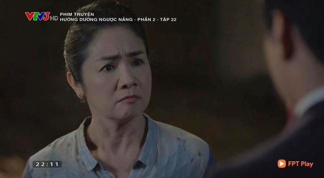 """Hướng dương ngược nắng: Châu khóc hối hận khi suýt hại Minh, Kiên vẫn """"mặt dày"""" tìm đến tận nhà đòi gặp tình cũ - Ảnh 5."""