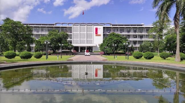 Đại học danh giá bậc nhất Hà Nội, đẹp như phim Trái tim mùa thu: Học sinh nếu 3 môn không đạt từ 9 điểm trở lên thì đừng liều đăng ký - Ảnh 4.