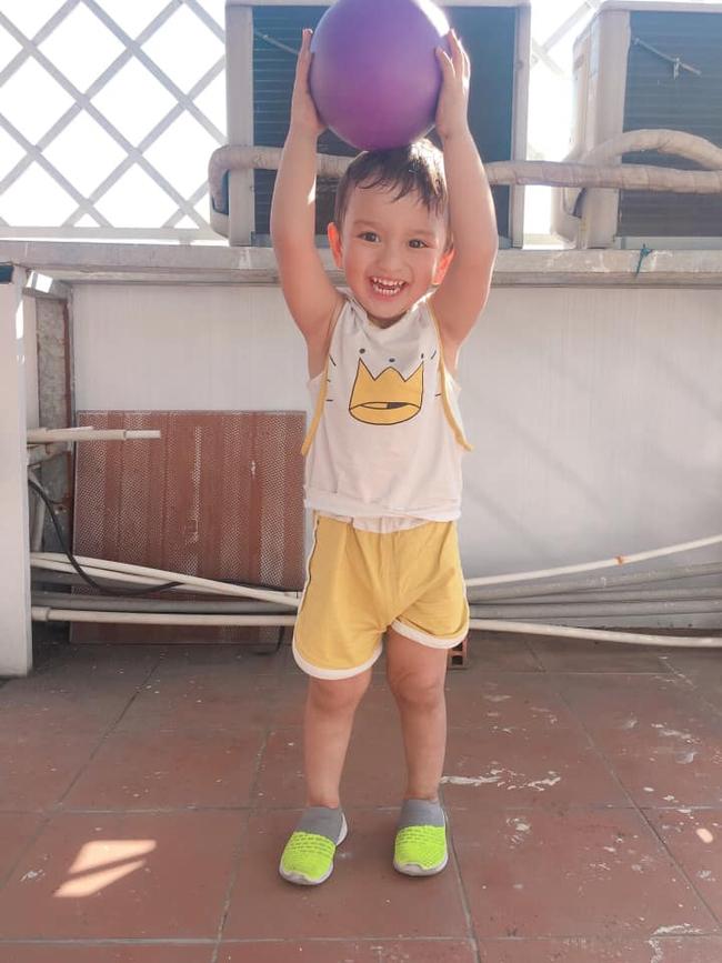 """Quyết giữ thai dù bạn trai """"quất ngựa truy phong"""", mẹ 9x đẻ con đẹp như Đặng Văn Lâm, 3 năm sau sốc nặng khi con bị căn bệnh khó điều trị - Ảnh 8."""