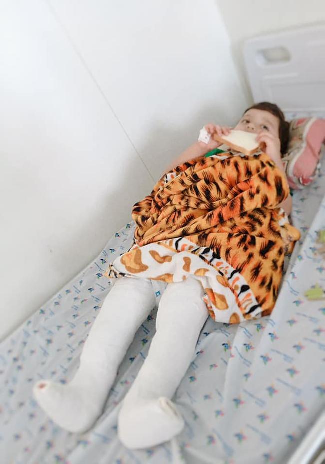 """Quyết giữ thai dù bạn trai """"quất ngựa truy phong"""", mẹ 9x đẻ con đẹp như Đặng Văn Lâm, 3 năm sau sốc nặng khi con bị căn bệnh khó điều trị - Ảnh 6."""