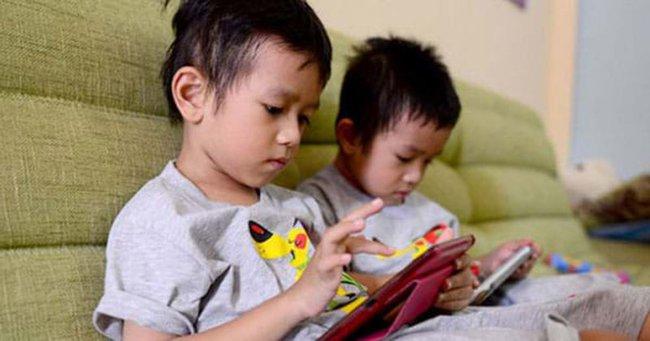 """Internet giống như nước và không khí trong cuộc sống của thế hệ Alpha, vậy cha mẹ cần làm gì để bảo vệ con trước """"thế giới ảo""""? - Ảnh 2."""