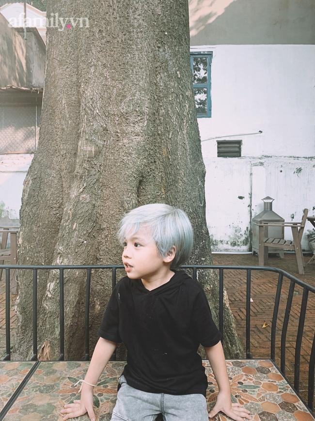 """Nữ CEO 2 thương hiệu thời trang thiết kế: Coi việc thay đổi kiểu tóc là đam mê, từng tự tay """"biến hình thần sầu"""" cho con trai 5 tuổi với tóc nhuộm - Ảnh 4."""