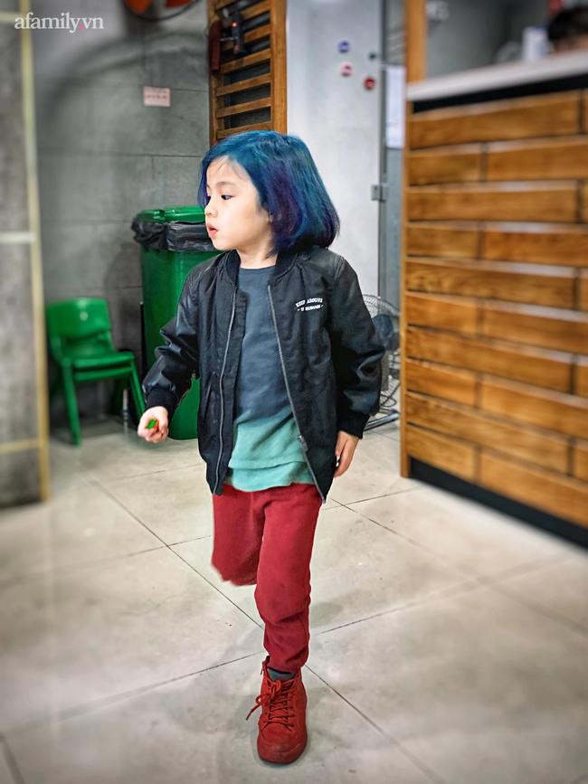 """Nữ CEO 2 thương hiệu thời trang thiết kế: Coi việc thay đổi kiểu tóc là đam mê, từng tự tay """"biến hình thần sầu"""" cho con trai 5 tuổi với tóc nhuộm - Ảnh 9."""