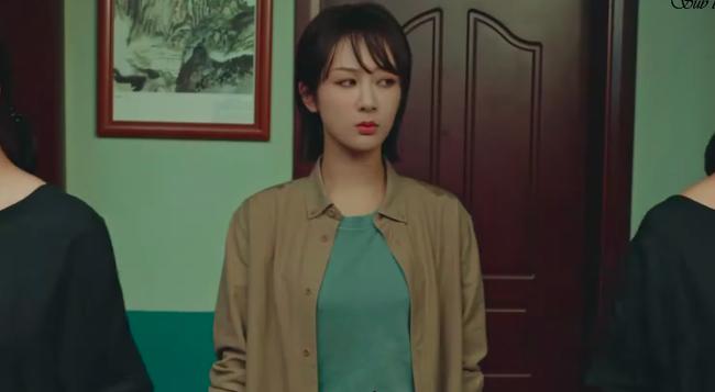 Nữ bác sĩ tâm lý: Dương Tử bị chê diễn đơ vẫn lên No.1 Hot Search, Trương Quân Ninh xuất hiện cực đẹp - Ảnh 8.