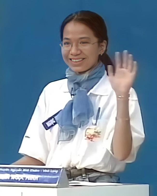"""Nữ quán quân Olympia mùa 1: """"Mất tích"""" sau khi đạt thành tích cực khủng ở Úc, chỉ một vài bức ảnh rò rỉ cũng thấy khéo dạy con - Ảnh 2."""
