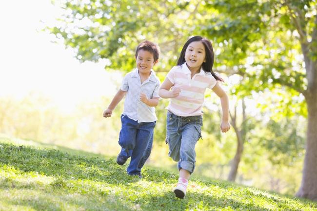 Vì sao trẻ em sinh ra ở mùa xuân, hạ, thu, đông lại có sức khỏe, chiều cao và chỉ số IQ khác nhau? - Ảnh 2.