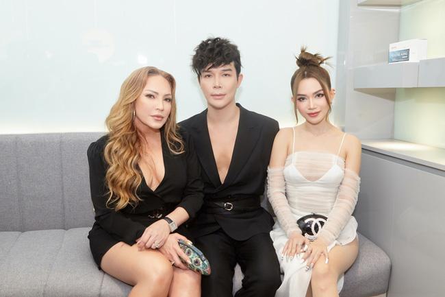 Dàn siêu xe trị giá 900 tỷ đồng đổ bộ tiệc thượng lưu toàn giới nhà giàu của Nathan Lee - Ảnh 9.
