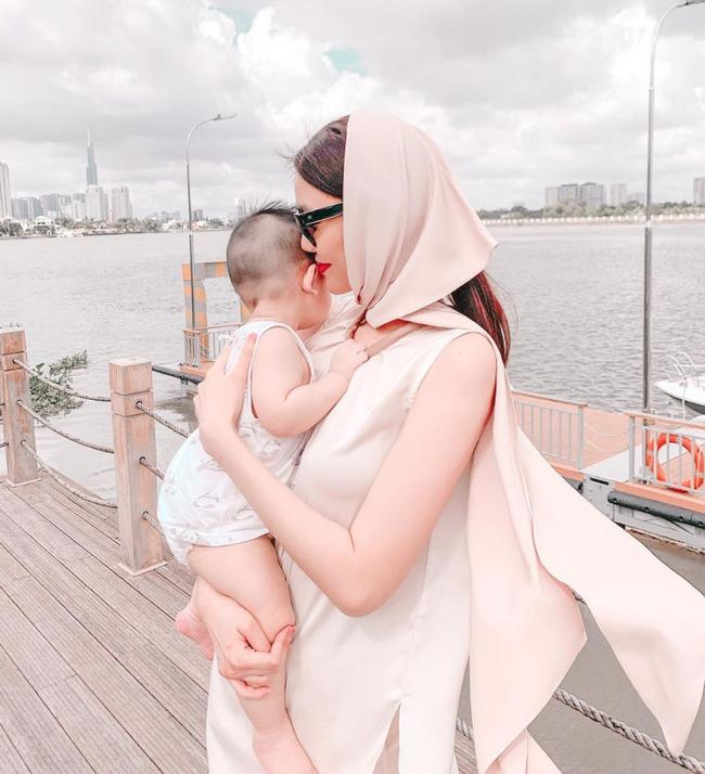 """Chuyện tập nói của nhóc tỳ nhà sao Việt: Bé 5 tháng tuổi đã gọi """"mẹ"""", bé khiến bố khủng hoảng, ám ảnh vì mãi không chịu nói - Ảnh 6."""