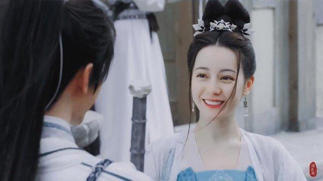 Trường Ca Hành: Địch Lệ Nhiệt Ba đã bớt xấu, tạo hình công chúa về sau đẹp mê mẩn  - Ảnh 3.