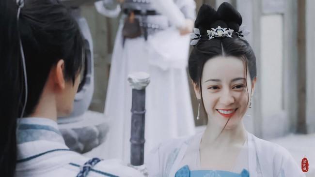 Trường Ca Hành: Địch Lệ Nhiệt Ba đã bớt xấu, tạo hình công chúa về sau đẹp mê mẩn  - Ảnh 2.