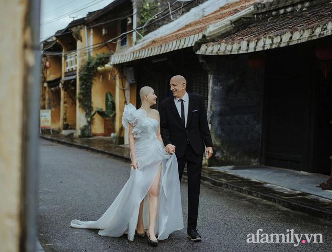 """Chuyện tình của cặp đôi vợ Việt chồng Mỹ chênh nhau 37 tuổi: Cô dâu làm việc """"táo bạo"""" trước ngày chụp ảnh cưới khiến chú rể khóc ngay tại chỗ! - Ảnh 7."""