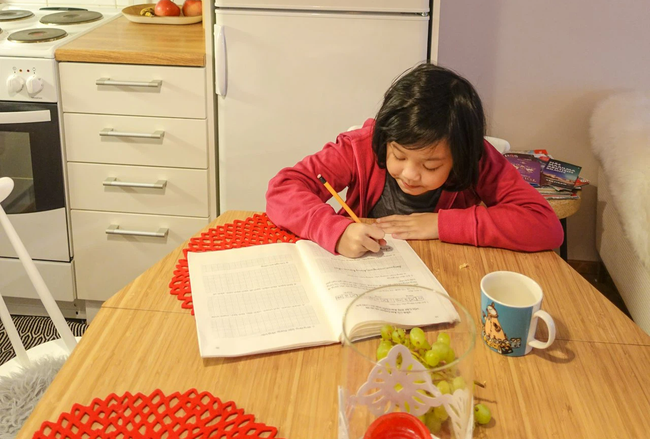 Con gái MC Diệp Chi mới 9 tuổi đã cao gần bằng mẹ, học cực giỏi lại ngoan, bí kíp gói gọn trong 2 việc đơn giản mẹ nào cũng có thể học theo - Ảnh 8.