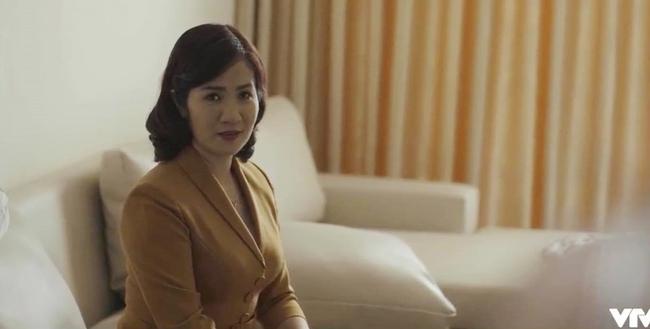 """Hãy nói lời yêu: Lần đầu phim Việt xuất hiện một chính thất """"ác ma"""" đến thế, truy ra hết thân thế họ hàng của tiểu tam lại còn dằn mặt bằng toàn câu thoại """"đỉnh"""" - Ảnh 4."""