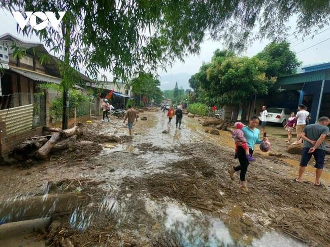 Hiện trường tan hoang sau vụ lũ ống lịch sử càn quét làm 3 người tử vong ở Lào Cai - Ảnh 4.